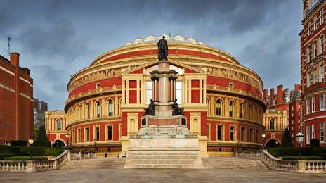 external picture of Royal Albert Hall