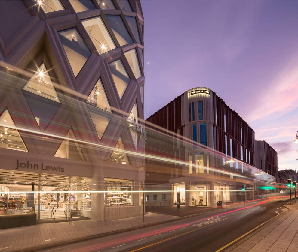An eye-catching retail development - Sir Robert McAlpine